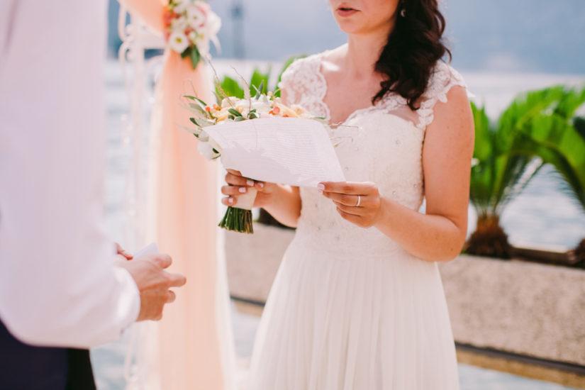 Bien rédiger ses vœux de mariage conseils