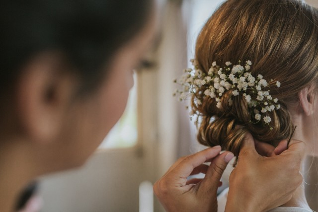 Le traditionnel chignon de mariée