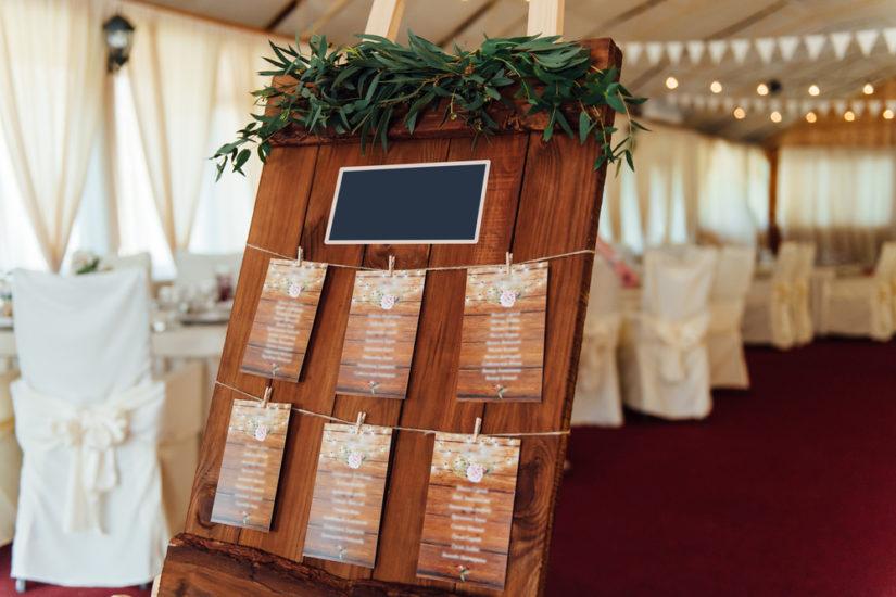 Plans de tables mariage idées de placement et décoration
