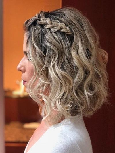 coiffure mariage cheveux mi-longs femme