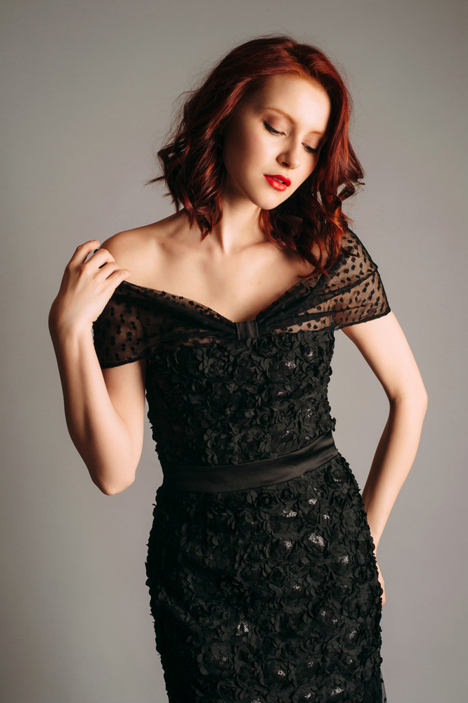 porter robe noire mariage